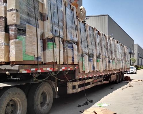 西安吴总的100台广告垃圾箱发货了